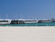 Free Pier Royalty Free Stock Image - 9840476