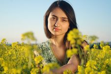 Free Girl On A Yellow Canola Field Royalty Free Stock Images - 9842429