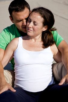 Free Pregnant Couple Royalty Free Stock Photography - 9842657