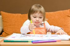 Free Baby Girl Drawing Stock Photography - 9843742
