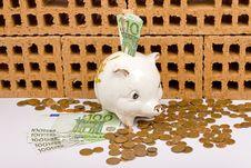 Free Piggy Bank Royalty Free Stock Image - 9847906