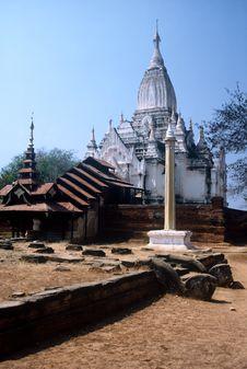 Free Temple,Myanmar Stock Photo - 9848670