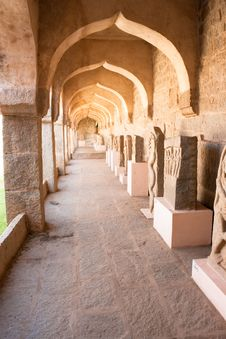 Free The Passage Of Zenana Enclosure, Area Of Hampi Stock Photo - 9850980