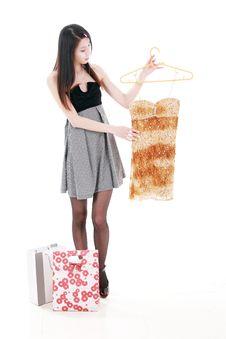 Free Asian Young Women Shopping Stock Photography - 9853152