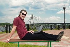 Free Guy With Laptop In The Park Royalty Free Stock Photo - 9854715