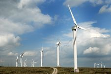 Free Wind Turbines Royalty Free Stock Image - 9855236