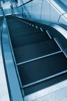 Free Escalator Royalty Free Stock Image - 9861286