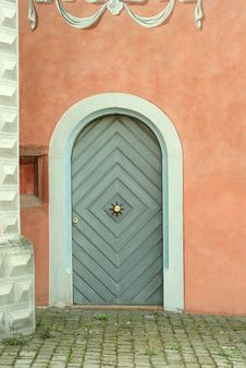 Free Old Wooden Door And Stone  Wall Stock Images - 9866184