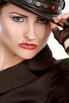 Free Young Fashionable Model With Black Hat Stock Images - 9866454