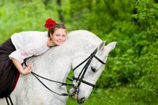 Free Beautiful Girl Riding Horse Royalty Free Stock Images - 9867139