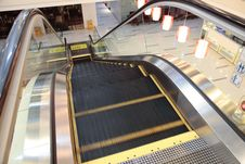Free Escalator Royalty Free Stock Photo - 9867675