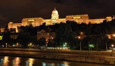 Free Night View Of Royal Residence - Budapest Stock Image - 9875051