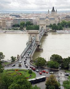 Free Up View Of Chain Bridge Budapest Royalty Free Stock Photo - 9875135
