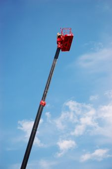 Free Hydraulic Cherry Picker Royalty Free Stock Images - 9876699