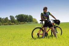 Free Bike Tourist Royalty Free Stock Images - 9877989