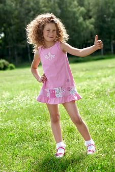 Free The Cheerful Girl Show Big Finger Up Royalty Free Stock Image - 9879176