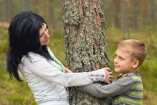 Free Family In The Forest Stock Images - 9887794