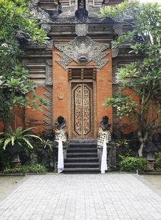 Free Bali Temple Entrance Stock Image - 9888791