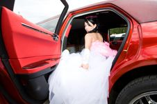 Free Beauty Bride Woman With Limousine Royalty Free Stock Photos - 9892238