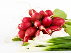 Free Spring Onions, Garlic, Lettuce And Radish Royalty Free Stock Photography - 9893767