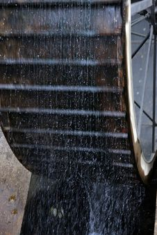 Free Water Wheel Royalty Free Stock Photography - 9895707