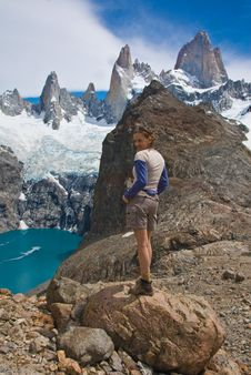 Free Hiker Mount Fitz Roy, Los Glaciares NP Stock Images - 9898424
