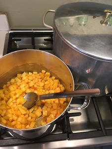 Free Stirring Cooked Peaches Stock Image - 98960821