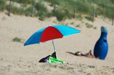 Free Colorful Beach Scene Stock Photo - 992290