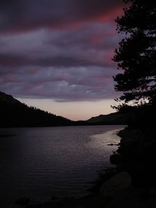 Free Tenaya Lake Royalty Free Stock Images - 999169