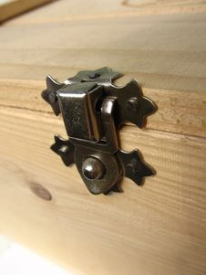 Free Lock Of The Wooden Box Stock Photography - 999772