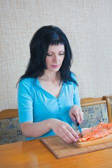 Free Girl Carve Fish Royalty Free Stock Photos - 9904848