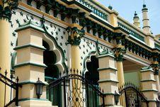 Free Singapore: Abdul Gaffor Mosque Stock Image - 9907901
