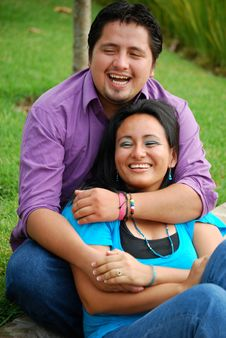Free Beautiful Hispanic Young Couple Stock Images - 9909284