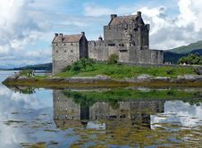 Free Reflection, Castle, Sky, Highland Royalty Free Stock Photography - 99045167