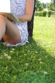 Free With Laptop In Meadow Royalty Free Stock Photo - 9911845