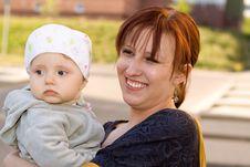 Free Happy  Family Stock Photography - 9911852