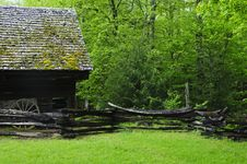 Free Barn In Forest Stock Images - 9912384
