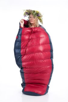 Free Woman With The Wreast In The Sleeping Bag Royalty Free Stock Photos - 9914038
