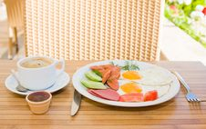 Free Served Breakfast Royalty Free Stock Photos - 9915868