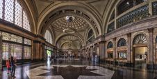 Free Landmark, Arcade, Tourist Attraction, Symmetry Stock Photo - 99199170