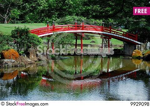 Free Singapore:  Japanese Garden Bridge Royalty Free Stock Photos - 9929098