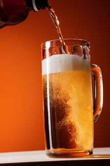 Free Beer In Action Stock Photography - 9921542