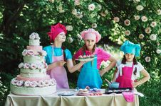 Free Pink, Cake Decorating, Cake, Recreation Stock Images - 99295014