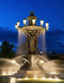 Free Fountain, Landmark, Water, Water Feature Stock Photo - 99298950
