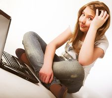 Free Casual Teenage Girl On A Laptop Stock Photos - 9932903