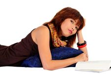 Free Young Asian Woman Reading A Book Royalty Free Stock Image - 9936306