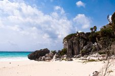 Free Tulum Ruins Royalty Free Stock Photography - 9939227