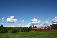 Free Red Barn Stock Photos - 9939343