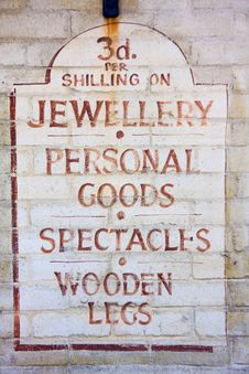 Free Old Fashioned Sign For A Pawnbroker Stock Photos - 9939943