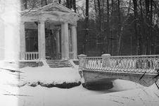 Free ABANDONED PARK IN KEMERI, LATVIA Stock Photography - 99338442